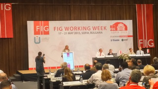 Ms. Chryssy Potsiou - FIG President закрива FIG Working Week 2015